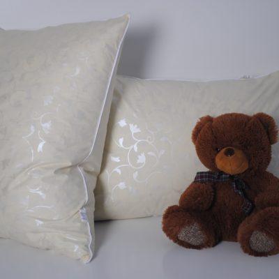 Подушка пухо-перьевая 50*70 см (90% пух/ 10% перо)